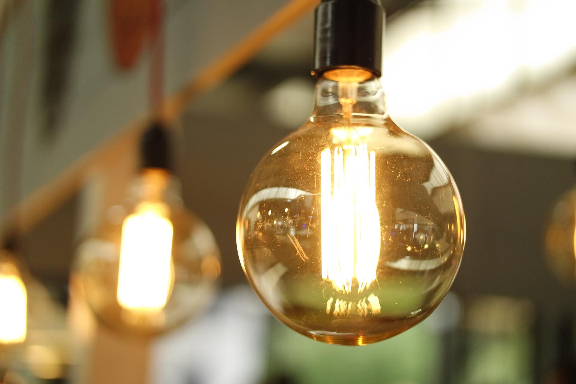 light-1283795_1920